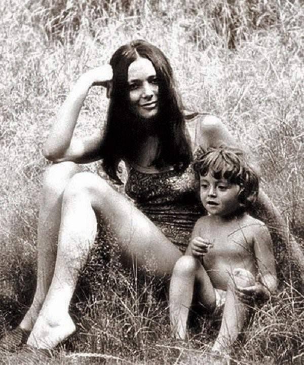 Анжелика Варум с мамой