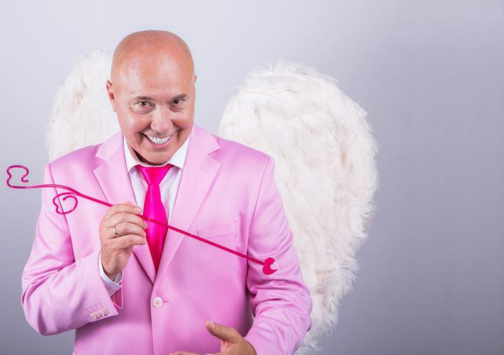 """Музыкант Александр Солодуха очень известный певец в Беларуси, но даже он признает, что песня  """"Здравствуй, чужая милая"""" его мегахит"""