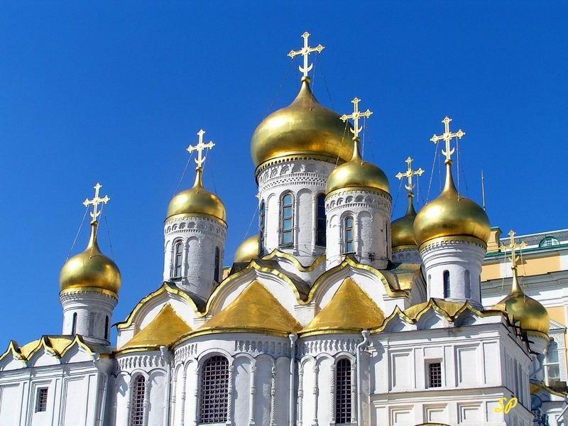 В РПЦ поведали, зачем церкви нужно богатство