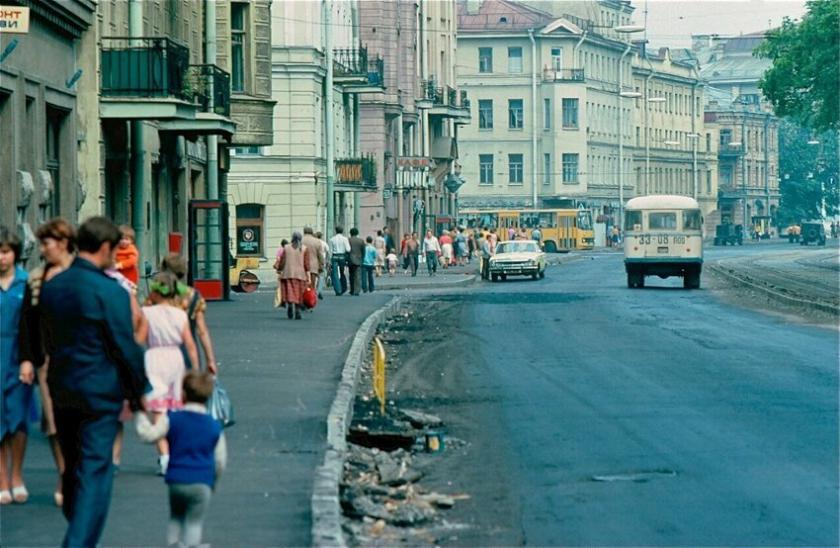 История, близкая сердцу: Ленинград в 1981 году