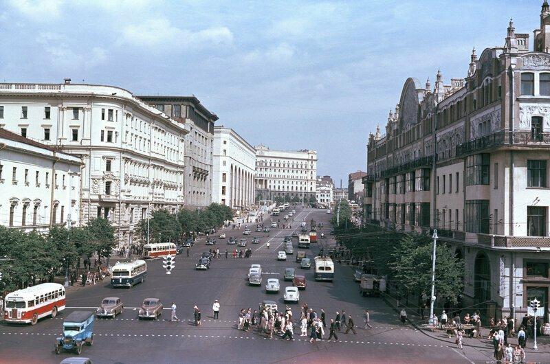 1950-е годы: цветные фото Москвы