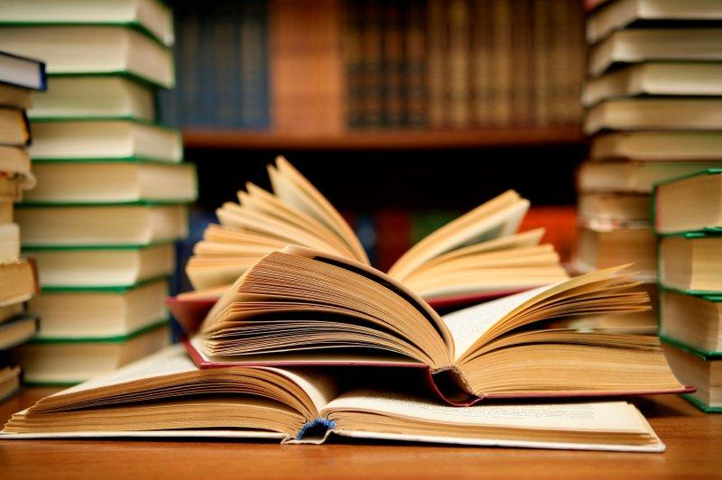 Библиотекаршу из Перми вогнали в долги из-за скачанных книг