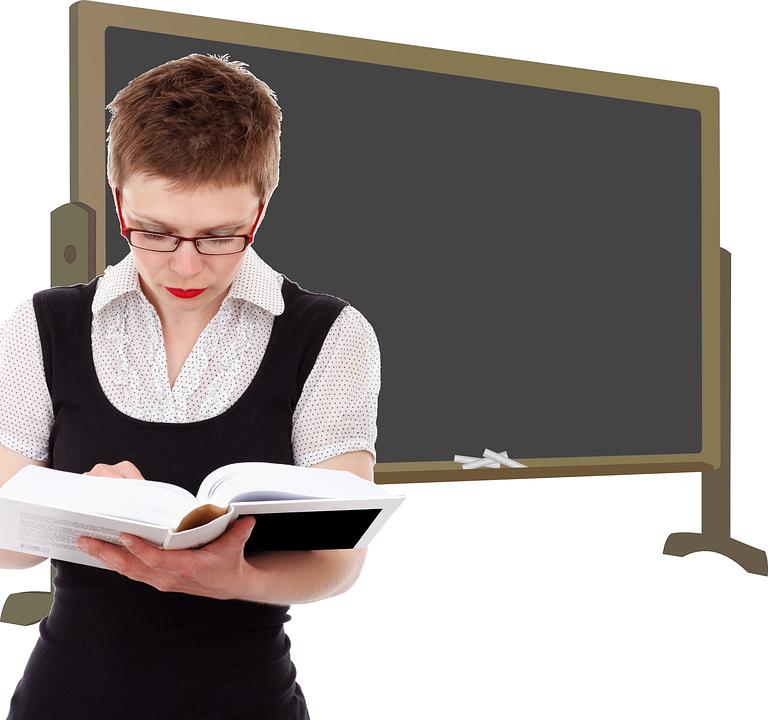 В России хотят штрафовать родителей, чьи дети оскорбляют учителей