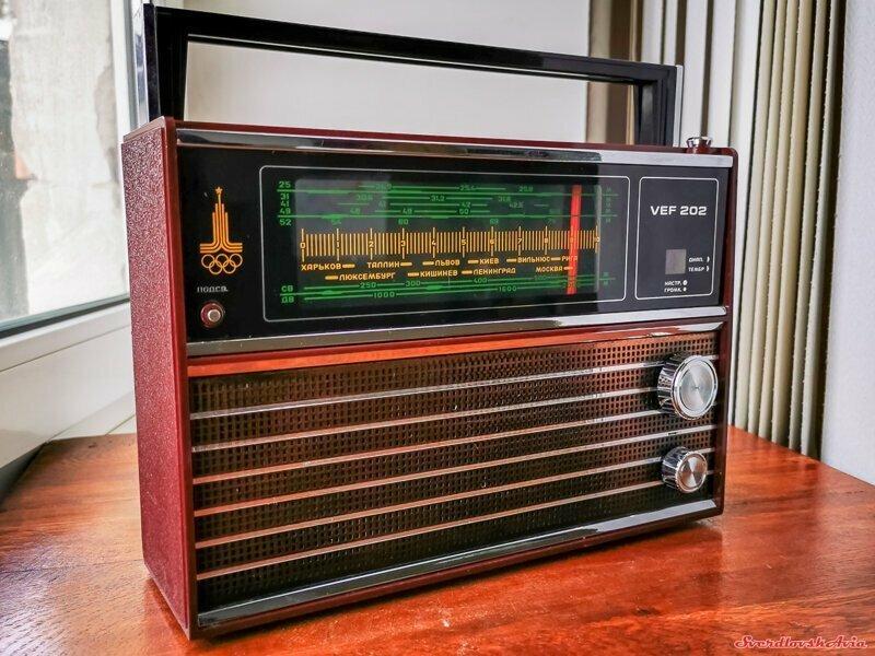 """Радиоприемник """"ВЭФ-202"""": мечта советского гражданина"""