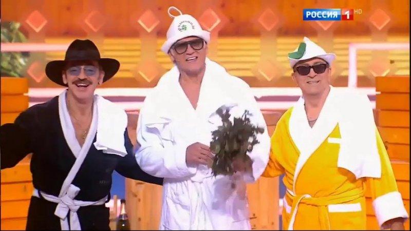 """""""Бабахнуло и засыпало мне глаза"""": Буйнов рассказал, почему он все время в очках"""