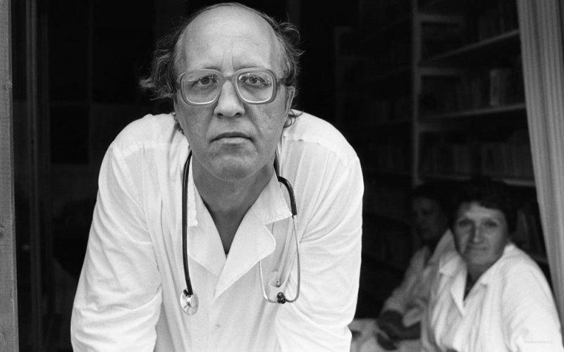 Самоотверженность и полная отдача: посвящение врачам в фотографиях