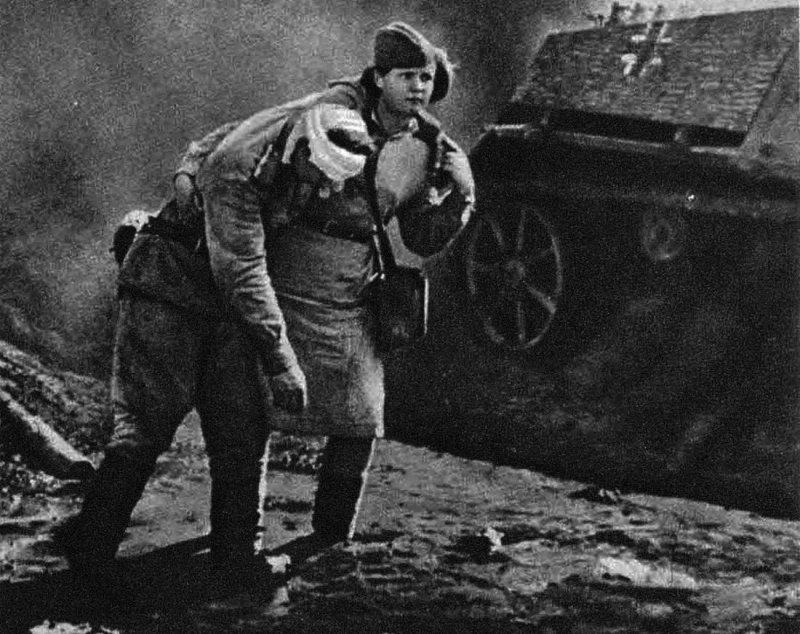 И во время войн и катастроф - они всегда рядом и спешат на помощь