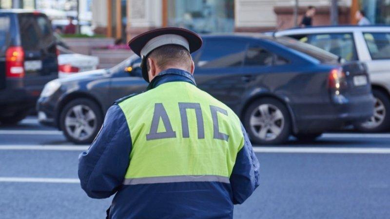 Инспектор ГИБДД устроил погоню за инвалидом-колясочником