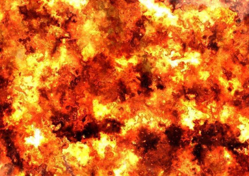 Эпичный взрыв «Газели» в Архангельске попал на видео