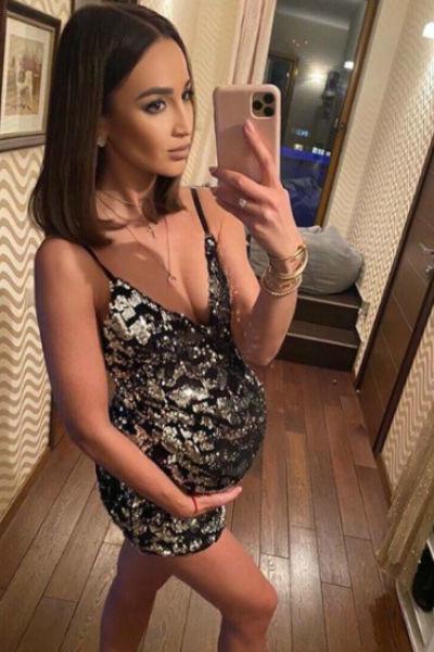 Ольга Бузова показала своего будущего ребенка