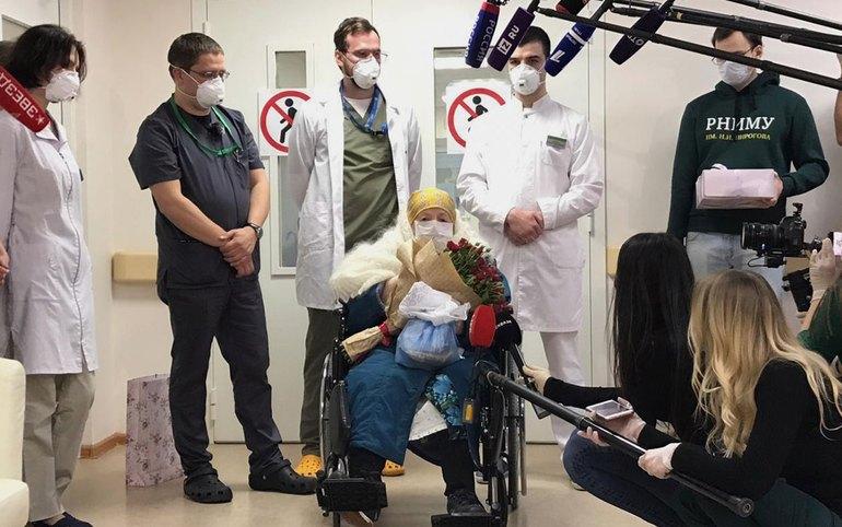 100-летняя россиянка вылечилась от коронавируса