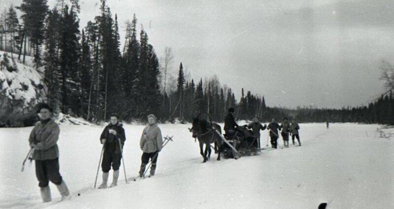 Самый последний кадр с живыми участниками группы Дятлова, 1959 год