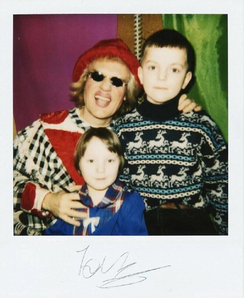 Юрий Куклачев с маленькими поклонниками, 90-е