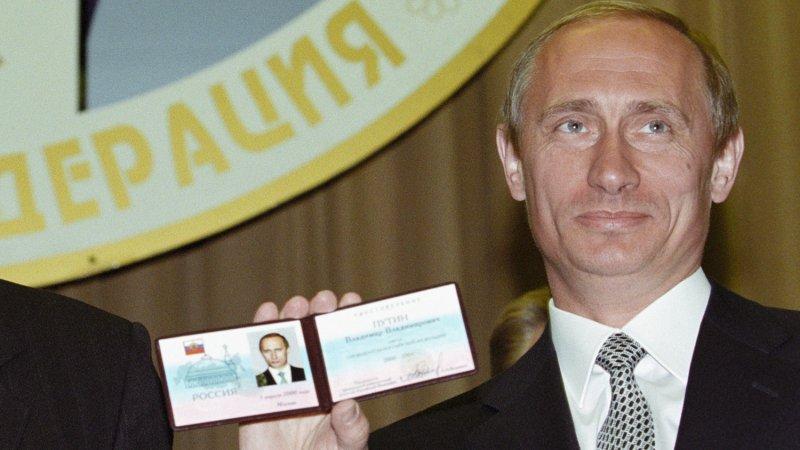 Интервью Путина разных лет: как президент менял обещания
