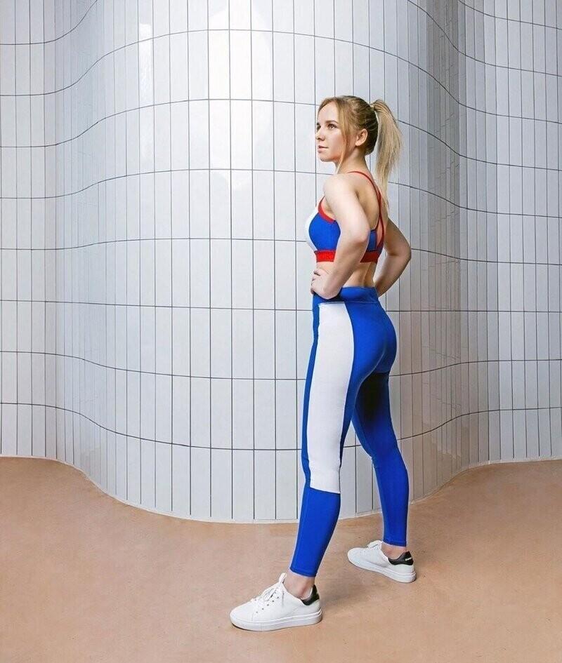 """""""Медсестра в купальнике"""" из Тулы прорекламирует спортивную одежду"""