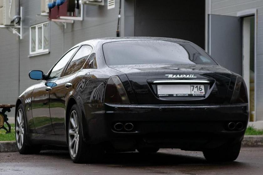 Власти Набережных Челнов оплатят ремонт дорогого автомобиля его владельцу