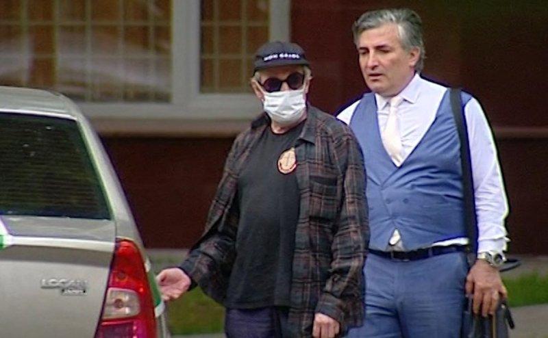 Адвокат Ефремова придумал, как вытащить своего клиента из-за решетки