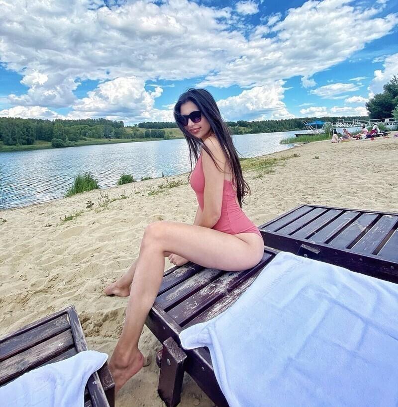 Красота по-русски: фото девушек на отечественных пляжах