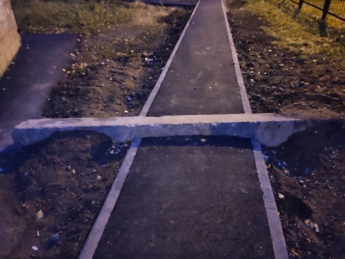 Эпичные примеры российских тротуаров