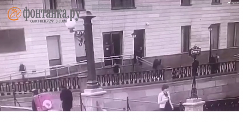 В нише для туалетной бумаги: в женском туалете Мариинского театра нашли скрытую камеру