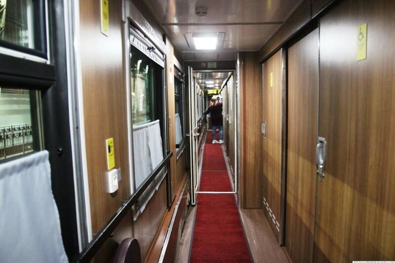 Штабной купейный вагон для маломобильных пассажиров
