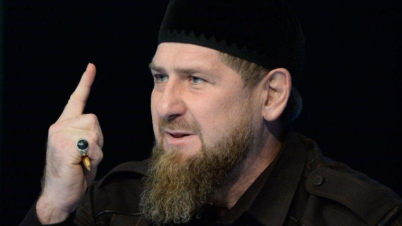 Кадыров осудил инцидент с мытьем ног в православном источнике