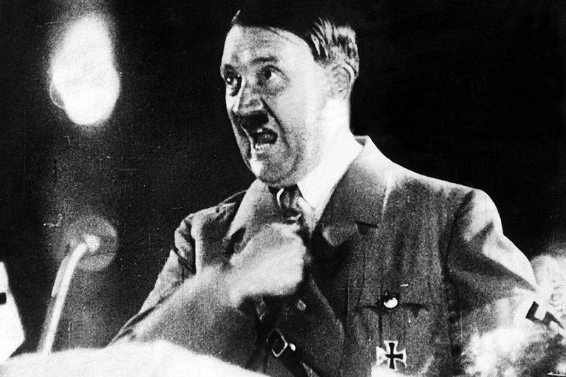 Ставропольский художник создал скульптуру Гитлера из фекалий