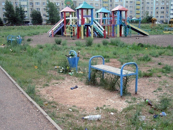 Это Россия: фото суровых детских площадок, наводящих на ужас