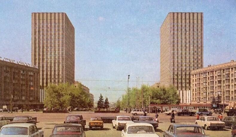 Смоленская площадь и Садовое кольцо, 1977 год