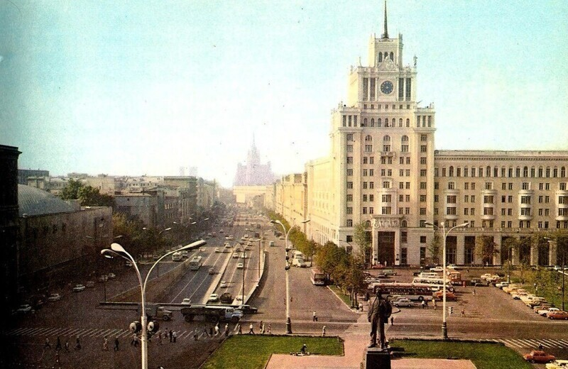 Площадь Маяковского и Садовое кольцо, 1970-1979 гг