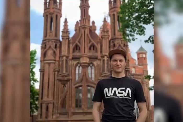 Российский физик бросил работу ради путешествий