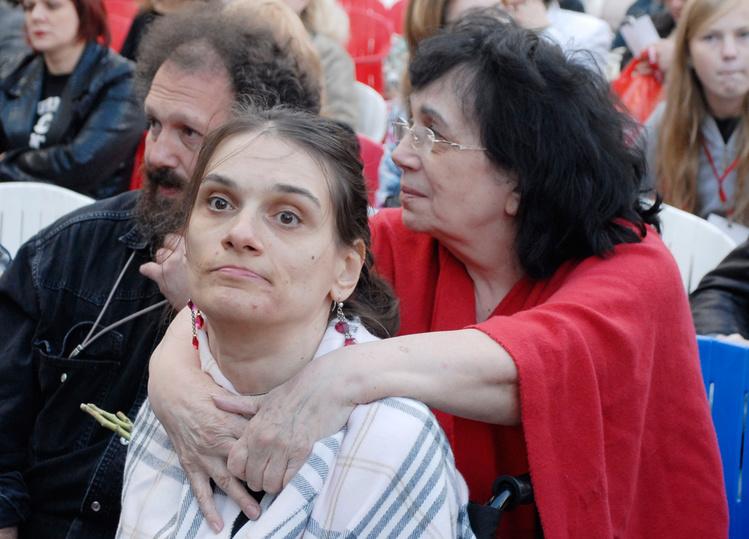 Вдова и больная дочь Баталова