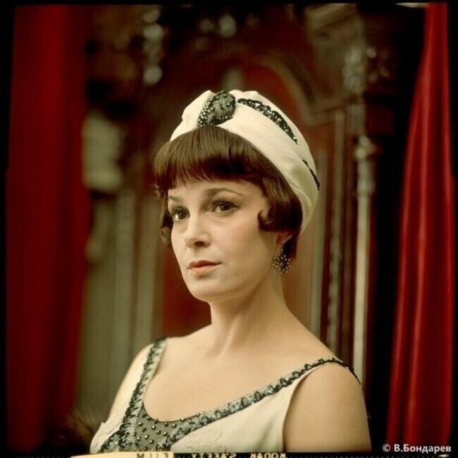 С обложки: фотографии советских актрис