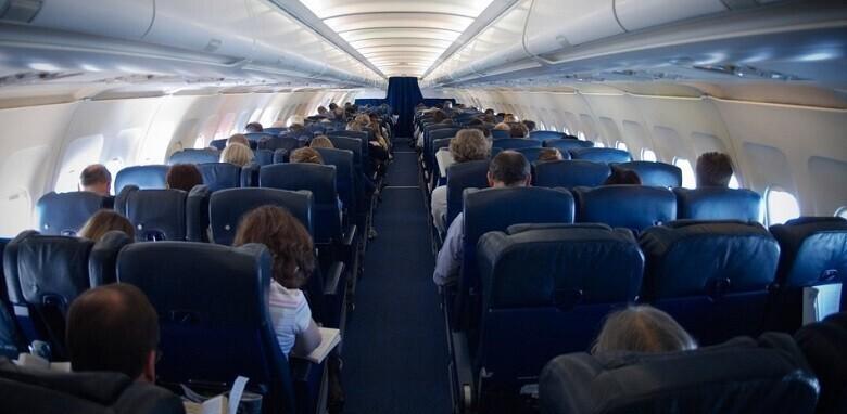 На рейсе «Победы» мать отсадили от ребенка-инвалида