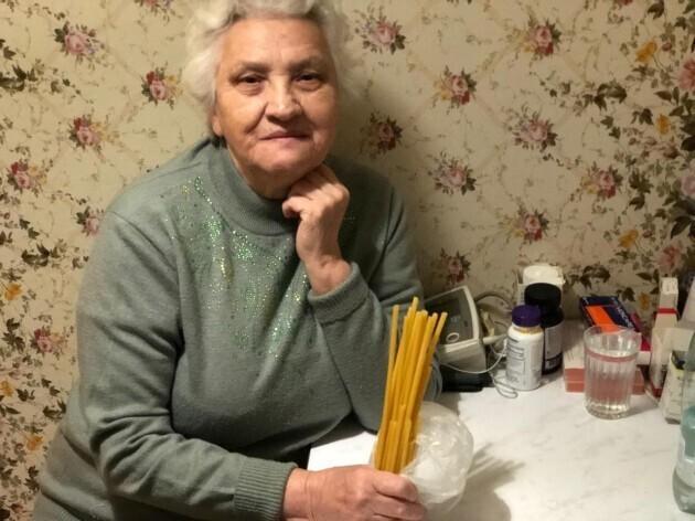 Россиянке в церковной лавке под видом свечей продали макароны