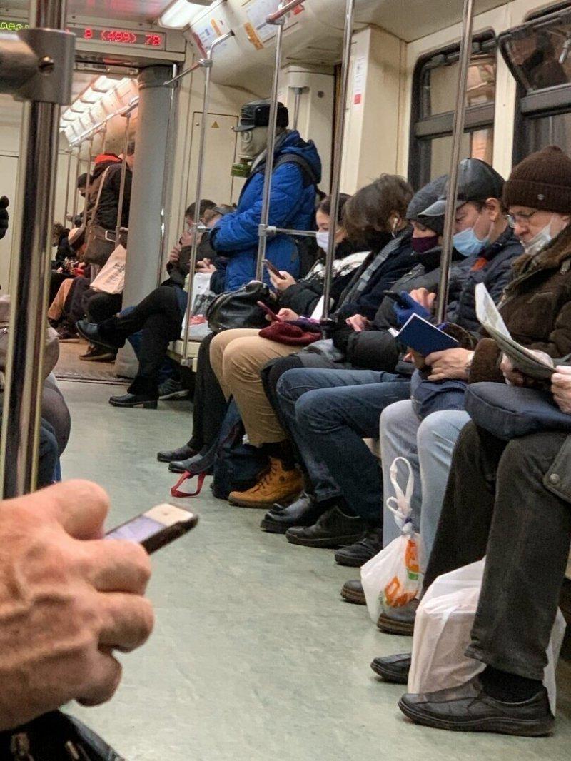 Неунывающие чудики столичного метро
