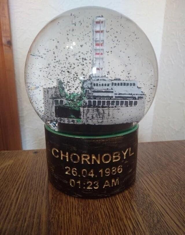 """12. """"Настоящий русский снежный шар"""""""