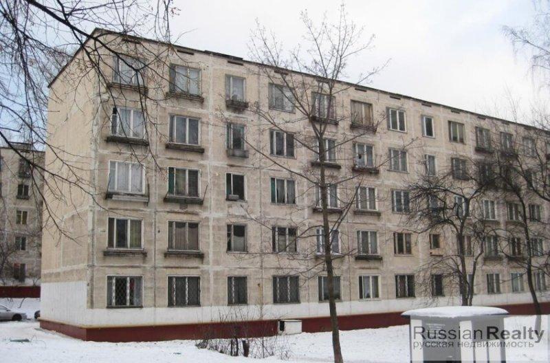 Найти в общей массе советской типовой застройки жилые многоэтажки без балконов или лоджий практически невозможно. Это редкий случай, но только не для Норильска
