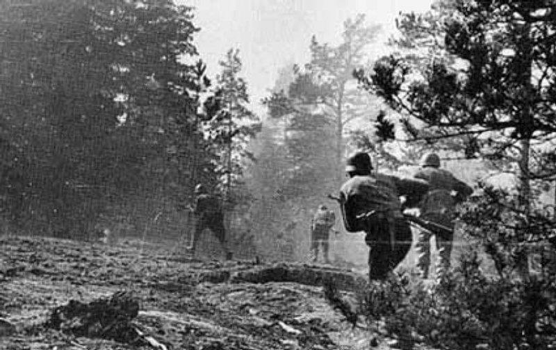 Финны идут в атаку