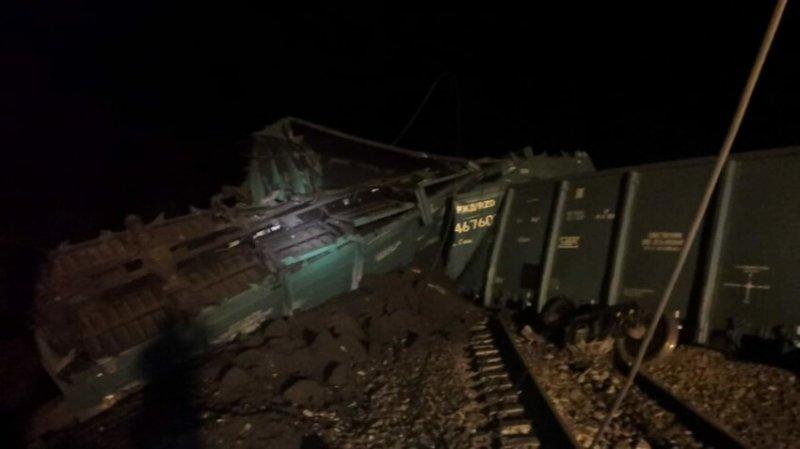 В Приамурье 30 вагонов с углем сошли с рельсов