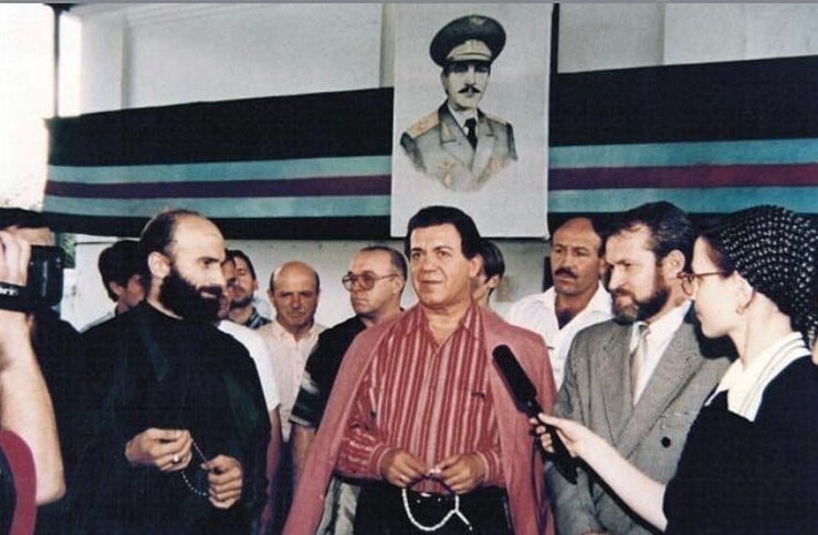 Шамиль Басаев, Иосиф Кобзон и Ахмад Закаев, 1994 год