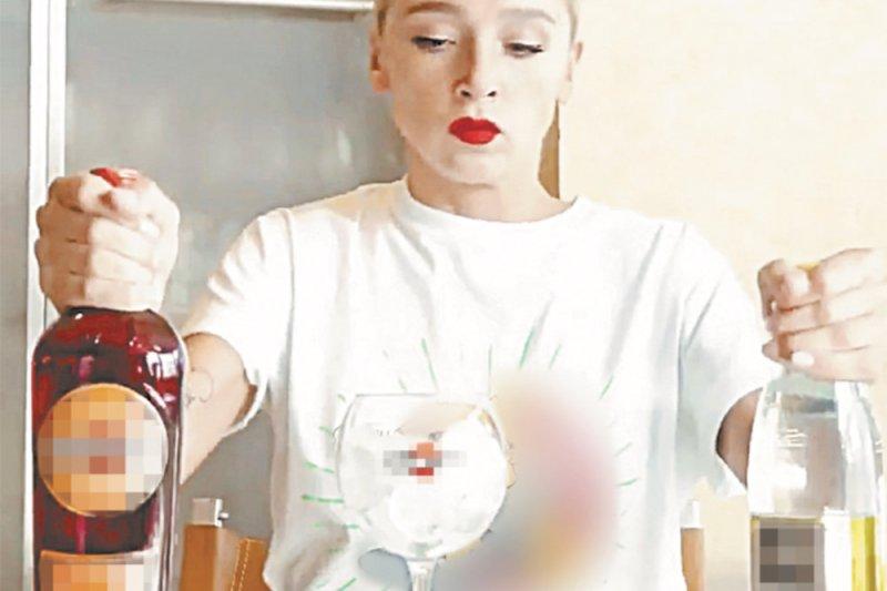 Милонов предложил штрафовать за рекламу алкоголя в сети