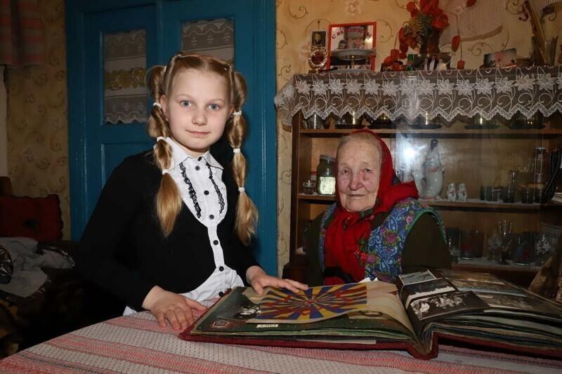 Приехал с подарками: Якубович навестил давнюю поклонницу «Поля Чудес»