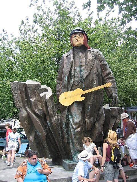 Памятник Владимиру Ленину в Сиэтле