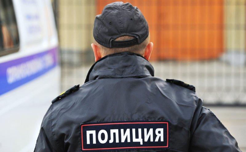 Трое столичных полицейских задержаны за взятку в 12 миллионов