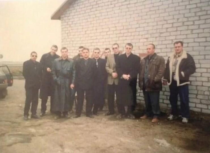 """""""Бригада Махно"""" на похоронах. 1997 год"""