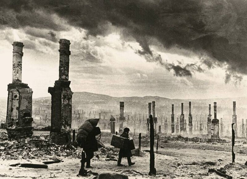 Мурманск после бомбардировки