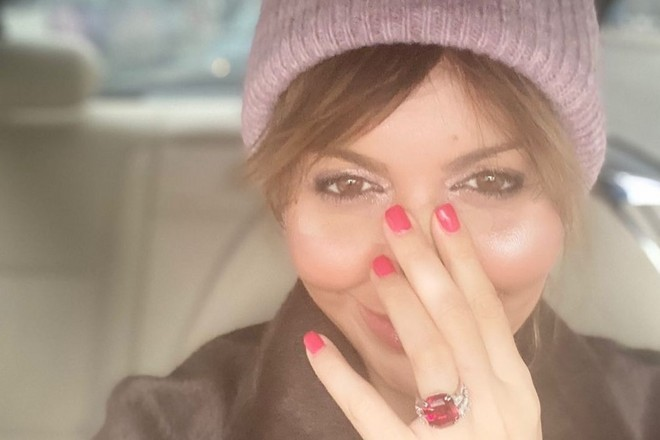 Алиса Аршавина потратила 3 миллиона из тумбочки свекрови