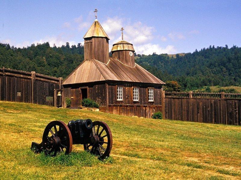 Поселение Форт-Росс  на побережье северной Калифорнии