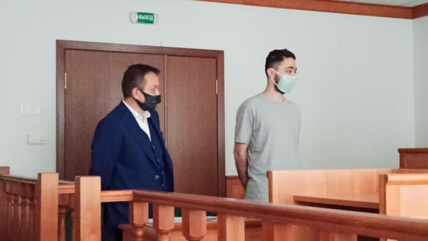 Пошутившего про русских комика Идрака Мирзализаде депортируют из России